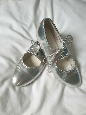 Silver Dance Tap Shoes • 2.90£