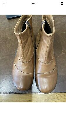 Pavers Boots Size 8 Tan  • 8.99£
