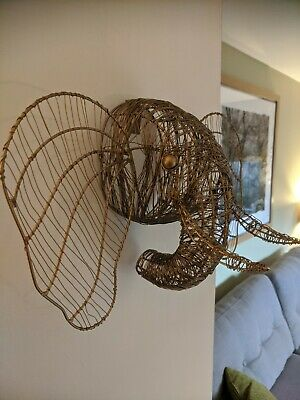 Wire Elephant Head Wall Sculpture • 15£