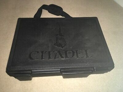 Warhammer Citadel Case And WH40,000 Figures And Vehicles Collection • 40£