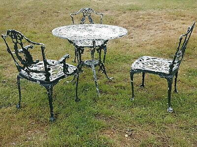 Vintage Cast Aluminium Garden Patio Roundtable And Chairs • 150£