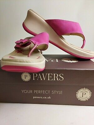 Ladies Pavers Pink Sandals Size 6 (39) *Used - In Box* • 3.50£