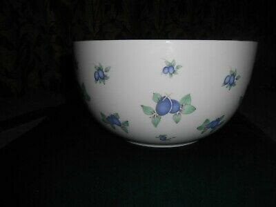 Royal Doulton Every Day Large Serving Bowl Blueberry Design • 4.99£