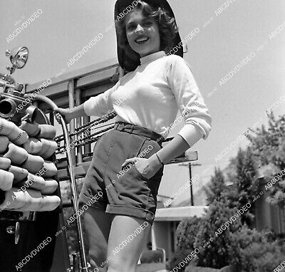 $ CDN14.50 • Buy 8b20-20027 Peggie Castle Riding On The Back Of A Fire Truck 8b20-20027