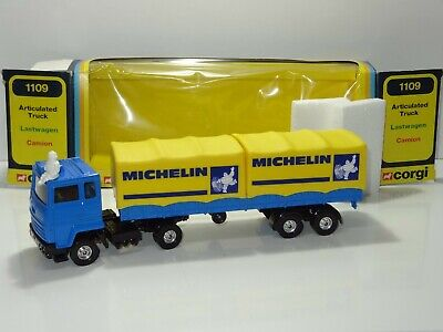 Corgi 1109 FORD ARTICULATED MICHELIN TRUCK  ( 286 )  • 102£