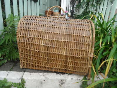 LARGE Cat Dog Pet Wicker Basket Carrier Super Item Which Can House Small Or Lg  • 10.99£