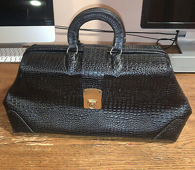 £197.48 • Buy Cheney England Black Crocodile Print Genuine Leather Doctor Structured Bag Latch