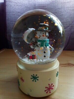 £25 • Buy Me To You Bear Christmas Snow Globe With Lights Requires Battery's