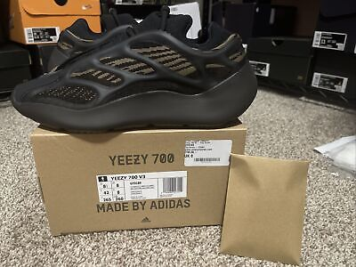 $ CDN365.59 • Buy Adidas Yeezy Boost 700 V3 Clay Brown GY0189 Size 8.5 100% Authentic In Hand DS