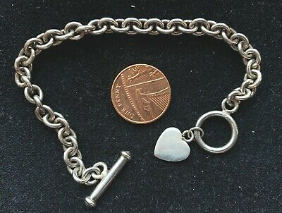 Silver Bracelet T Bar And Love Heart    • 15£