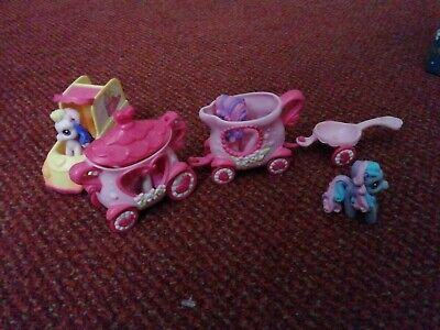 £10.50 • Buy . My Little Pony. Car And Carriages And Pony's. Mini. Set 2006 By Hasbro.