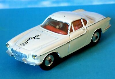 Corgi Toys No.258 The Saints Volvo P.1800, Simon Templar (1965-69). • 29.99£