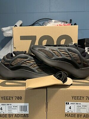 $ CDN303.10 • Buy Adidas Yeezy 700 V3 Clay Brown | GY0189 |  Size 11 | In-Hand! | Ready To Ship!