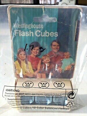 $4.98 • Buy Vintage Flash Cubes WESTINGHOUSE 3 Cube 12 Color Balanced Flashes Camera