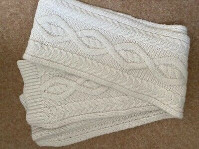 Gap Ladies Cream Scarf • 8.50£