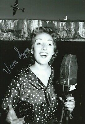 £30 • Buy  12 X 8  Dame Vera Lynn Signed Photo - Forces Sweetheart - K031