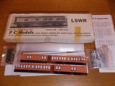 PC MODELS KIT For LSWR 56' NON CORRIDOR BRAKE 3rd COACH Drg 1446 LSWR Livery 00 • 35£