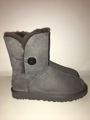 £59.99 • Buy UGG Bailey Button Boots Uk Size 10.5 Ex Display