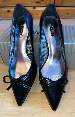 Womens 100% Leather Black Pointed Toe Kitten Heels With Bow By Next - Size 6UK • 20£