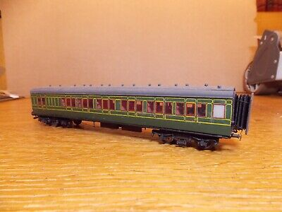 KIT BUILT Ex-LSWR CORRIDOR BRAKE 3rd COACH No 512 In SR Green Livery 00 Gauge. • 45£