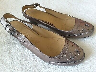 M&S Footglove Pewter Leather Slingback Shoes Size 4 Wider Fit • 19.50£