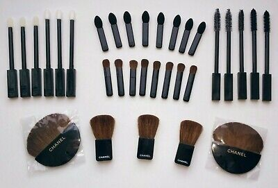 Chanel Beaute Vip Gift Set 32x Makeup Accessories Brushes Applicator  • 28.62£