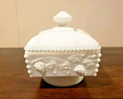 $9.99 • Buy Vintage Westmoreland Milk Glass Grape Pattern Covered Candy Dish W/Lid