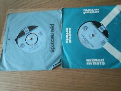 2 X Labi Siffre Single Records • 0.99£