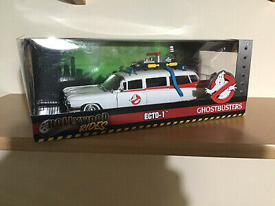 Ghostbusters Ecto-1 Diecast  Model Car. Hollywood Rides 1.24 Scale With Case • 55£