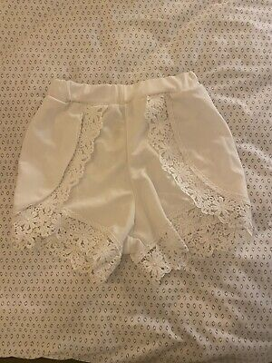 White Crochet Lace Trim Shorts BooHoo • 0.99£