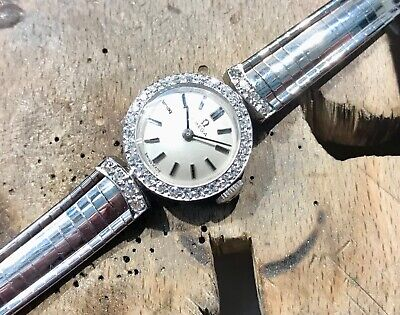 Ladies' Hallmarked 18ct White Gold Diamond Set Omega Movement Bracelet Watch • 2,500£