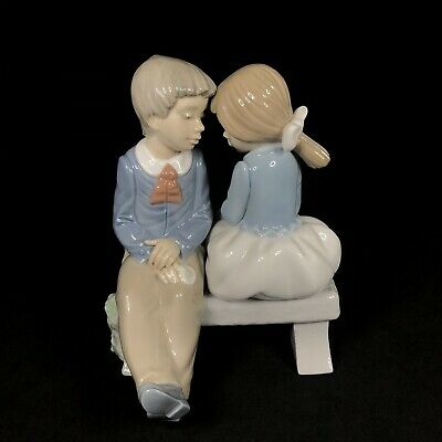 Nao By Lladro —   First Love  Boy & Girl On Bench — Figure Figurine — No. 1136 • 44.99£