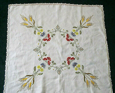 Vintage Linen Tablecloth Lace Edges Great Embroidery • 8.99£
