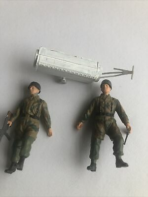 1/35 DRAGON (ONLY 2-)GERMAN Fallschirmjager Soldiers 6070- Used • 4.50£