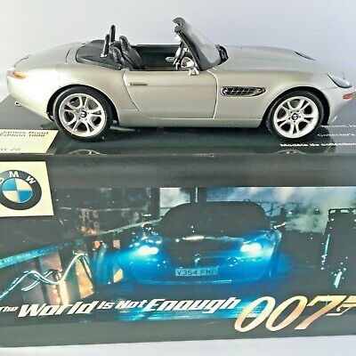 James Bond Dealership Bmw Z8, 1/18 Scale Model From 1999 Never Been Displayed • 89£