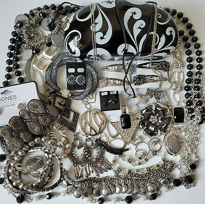 $ CDN25.04 • Buy Costume Jewelry Lot All Wearable Jones NY Lia Sophia Hair New/Used Signed & Not