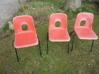 £20 • Buy THREE 1970s RETRO  STACKING ORANGE PLASTIC CHAIRS  ROBIN DAY BY   HILLE  ENGLAND
