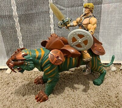 $500 • Buy Masters Of The Universe Classics Custom 200X He-Man And Battle Cat