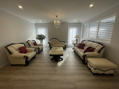 AU3500 • Buy Beige Leather 7 Piece Regal Sofa Set: 3 Seater, 2 X 1 Seaters And A 2 Seater Etc