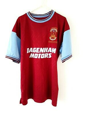 £29.99 • Buy West Ham United Bobby Moore 1994 Retro Home Shirt. Large. Red Adults Top L.