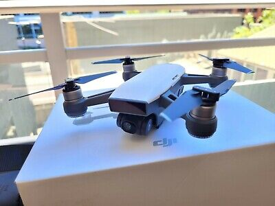 AU305 • Buy DJI Spark Drone (white) + Fly More Combo + Extras