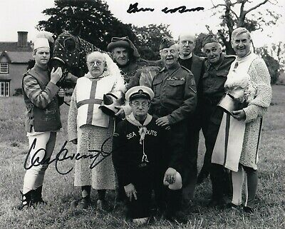 £1 • Buy Frank Williams & Ian Lavender In Person Signed Autograph - Dad's Army - J393