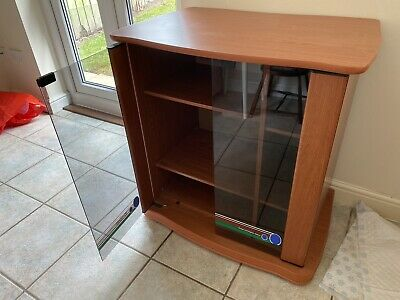 £15 • Buy Dome Dispay/tv Cabinet With Glass Doors
