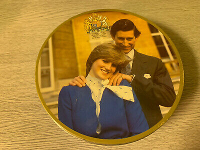 £9 • Buy Vintage 1980's Charles & Diana Biscuit Tin Peticoat Tail Shortbread