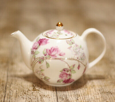 £60 • Buy Aynsley Elizabeth Rose Small Teapot 0.75 Pint. Made In England Never Been Used.