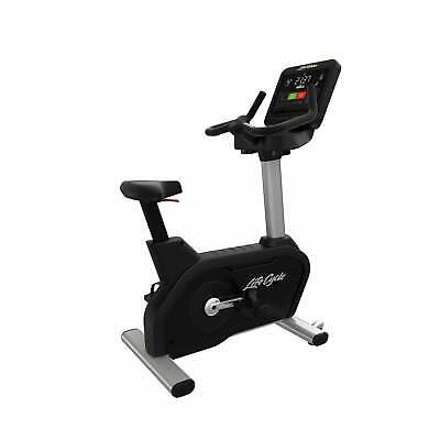£2795 • Buy Life Fitness Bike Integrity Series Upright With C Console (Titanium) EX-DEMO