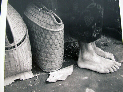 $ CDN6.68 • Buy Vintage DOROTHEA LANGE Attributed Photograph Old Bare Feet With Baskets Yqz