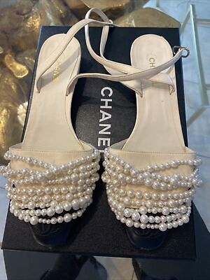 £283.20 • Buy Chanel White 17a Pearl Black Cc Coco Sling Strap Ballet Ballerina Flats. Size 38