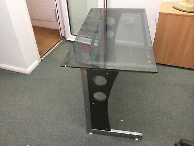 £30 • Buy Small Glass Top Home  Office Desk