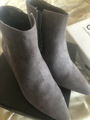 £25 • Buy Grey Suede Ankle Boots Size 6